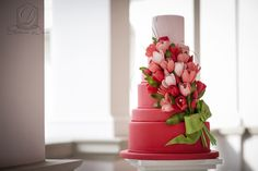 Tulips wedding cake - Cofetaria Dana https://www.facebook.com/cofetariadanaturda  cofetariadana.ro/