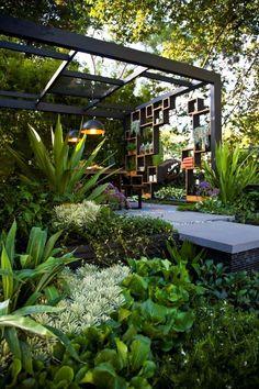 Afskærmning og masser af grønne planter Melbourne Landscape Design - Melbourne Garden Show 2013