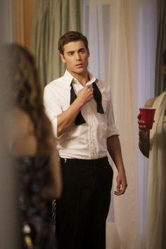 Still of Dustin Milligan in 90210