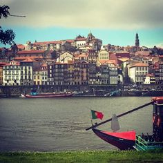 From #Porto with #love #portugal #douro #travel #trip #flight #city #citytrip #portowine by the_laetitia