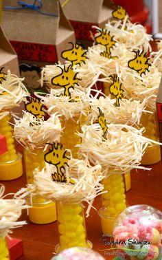 fun-ideas handmade Snoopy Birthday, Snoopy Party, Baby 1st Birthday, Charlie Brown Christmas, Charlie Brown Peanuts, Peanuts Snoopy, Bolo Snoopy, Hippie Party, Cars Birthday Parties