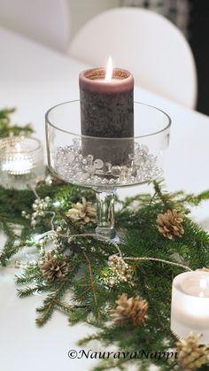 Pöytäkoriste, joulukattaus, christmast table setting