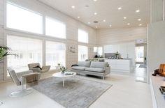 Minimalism Interior, Home Decor Inspiration, White Living Room Decor, House, Log Homes, White Decor, Home Deco, White Interior, Minimalist Home