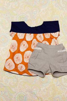 Ice cream top + puppet show shorts - Oliver + S pattern. LOVE the fabric choices here, it makes the outfit seem sophisticated & classic, not fussy & prissy.