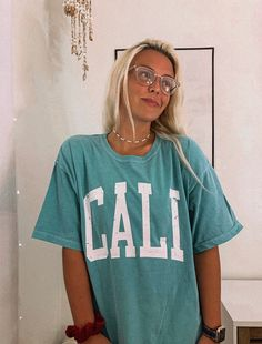 California Tee – Big Shirt Outfits – Womens Summer T-shirt  #oversizedshirt #oversizedshirtoutfit #graphictee #teeshirts #bigshirtoutfits #bigshirt #oversizedtshirtoutfitsummer #vintageshirts #summershirts Cool Shirts For Women, Clothes For Women, Beach Shirts, Summer Shirts, Big Shirt Outfits, Oversized Shirt Outfit, Aesthetic T Shirts, Beach Aesthetic, Vintage Shirts