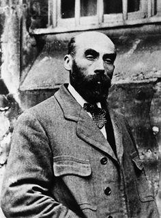 Henri Désiré Landru was een Franse seriemoordenaar. Leefde van 1869 tot 1922. Vermoordde tien van zijn verloofdes.