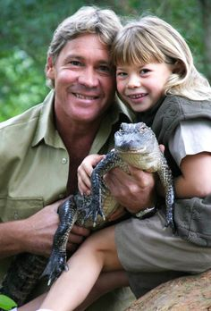 Bindi Irwin Talks 'Trying to Carry on Her Dad's Legacy' on 'Dancing with the Stars'