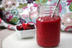 13 Healthy Smoothies to Start Your Day Off Right Frozen Fruit Smoothie, Mixed Berry Smoothie, Berry Smoothie Recipe, Veggie Smoothies, Smoothie Recipes, Smoothie Cleanse, Vitamix Recipes, Green Smoothies, Juice Cleanse