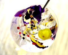 """The """"contemporary designed"""" gin tonic mood cocktail """"Monkey 47"""""""