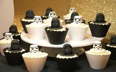 Star Wars Cupcakes - Storm Troopers and Darth Vader #starwars