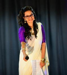 Half saree. Kerala set saree colour theme. Onam wear! Phulkari Saree, Kasavu Saree, Indian Wedding Outfits, Indian Outfits, Bandhini Saree, Set Saree, Velvet Saree, Formal Saree, Kerala Saree