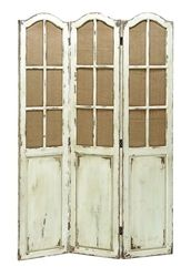 We often need wooden screens to store things. But sometimes they use up a lot of space. To solve that issue we have this beautifully paneled design of folding wooden screen. It has a very simple yet elegant design. It would add more beauty to the decor of your room without using up space.
