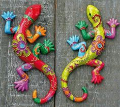 Clay Fish - fun to make for grandma and grandpa - Salvabrani Paper Mache Crafts, Clay Crafts, Diy And Crafts, Arts And Crafts, Paperclay, Mexican Art, Animal Sculptures, Dot Painting, Clay Projects
