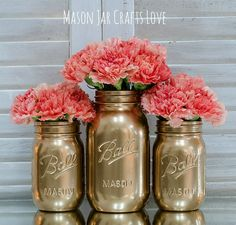 Spray painting mason jars is really easy. As in super easy. So my sharing a how to spray paint mason jars seems a bit silly …   … but, in my defense, I do have a few tips to share.   Like…