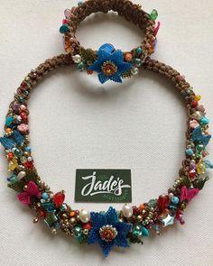 🌺🍃🌸💙💞💜 Adını siz koyun💜💞💙🌸🍃🌺 ne desem yetersiz kaldı kelimeler ........ #embroiderylove #handmadeneclace #handmade_bestwork #needlework… Pearl Jewelry, Gemstone Jewelry, Beaded Jewelry, Jewelery, Handmade Jewelry, Beaded Necklace, Fabric Beads, Fabric Jewelry, Fall Accessories