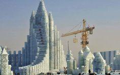 Festival de inverno na #China, tem esculturas gigantes em #gelo http://catr.ac/p553818 #travel