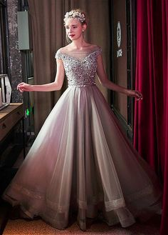 Gorgeous Tulle Bateau Neckline A-line Prom Dresses With Beadings