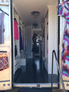 Inside a mobile boutique. Pax Wardrobe units from Ikea finished with crown molding Girls Boutique, A Boutique, Fashion Boutique, Boutique Ideas, Mobile Boutique, Mobile Shop, Boutique Interior, Boutique Design, Mobile Fashion Truck