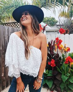 Pretty in lace Jessie, Summer Outfits, One Shoulder, Spring Summer, Blouse, My Style, Lace, Fitness, Pretty
