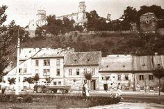 Podhradie Bratislava, Old City, Paris Skyline, Castle, Mesto, Places, Photography, Travel, Beautiful