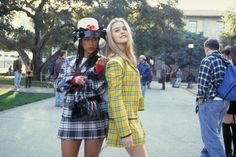 Alicia Silverstone (as Cher Horowitz) and Stacey Dash (as Dionne Davenport) Clueless Clueless Costume, Cher Clueless, Clueless Outfits, 90s Costume, Dionne Clueless, Movie Outfits, Best Group Halloween Costumes, Pop Culture Halloween Costume, Easy Costumes