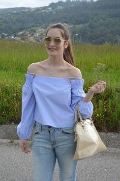 #looks #outfits #2017 #verano #summer #luztieneunblog #offtheshoulders #cita #findesemana #entretiempo #casual #boyfriends #primavera #trendy #clase #boyfriend #compras #diario #chic #verano #sport #jeans #azul #otoño #deportivo #fashionblogger #casual #blogger #vigo