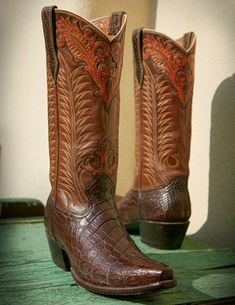 Rocketbuster, the finest Handmade Custom Cowboy Boots. Family owned, handmade in TEXAS,shipped worldwide. Custom Cowboy Boots, Custom Boots, Cowboy Boots Women, Cowgirl Boots, Western Boots, Riding Boots, Men's Boots, Cowboy Western, Western Art