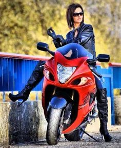 Girl & Busa Motorbike Girl, Motorcycle Gear, Suzuki Hayabusa, Ex Machina, Hot Bikes, Biker Girl, Fuel Economy, Women, Entertainment