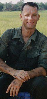 Tom Hanks – Wikipédia, a enciclopédia livre John Travolta, Tom Hanks Forrest Gump, Forrest Gump 1994, Colin Hanks, Apollo 13, Dustin Hoffman, Tim Allen, John Adams, Gary Cooper