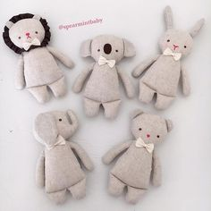 The sweetest NEW Linen Rattles collection! Which animal is your favorite? The sweetest NEW Linen Rattles collection! Which animal is your favorite? Handmade Stuffed Animals, Sewing Stuffed Animals, Stuffed Animal Patterns, Doll Sewing Patterns, Sewing Dolls, Fabric Toys, Fabric Crafts, Softies, Plushies