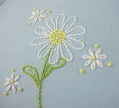 embroidered daisy