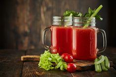 Fogyasztó nyári turmixok - Fogyókúra | Femina Smoothie, Mason Jars, Mugs, Drinks, Tableware, Van, Drinking, Beverages, Dinnerware
