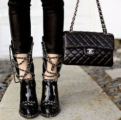 CESPINS❤Chanel