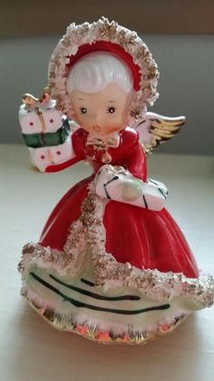 Vintage Napco Christmas Angel with Presents! SPAGHETTI! NICE DETAILS! JAPAN!