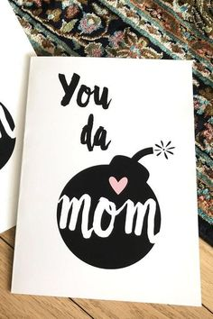 Mothers Day Gifts Diy Discover Use One Of These Free Printable Mothers Day Cards to Tell Your Mom How Much You Love Her Last-minute gifters this ones for you! Here are some free Mothers Day cards you can print from home. Mothers Day Cards Printable, Free Mothers Day Cards, Mothers Day Gifts From Daughter, Mom Cards, Mothers Day Crafts For Kids, Diy Gifts For Kids, Diy Mothers Day Gifts, Happy Mothers Day, Gift Cards