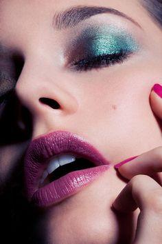 Make-up inspiration - Purple lips
