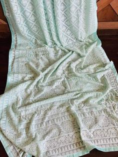 Chikankari Sarees exclusively for those who like to adorn themselves in elegance! Pakistani Fashion Casual, Bollywood Fashion, Bollywood Style, Peach Color Saree, Peach Colors, Pure Georgette Sarees, Thread Work, Beautiful Saree, Saree Wedding