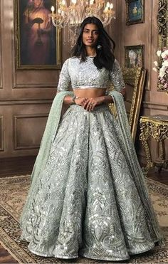 All Indian Bride used to very excited about there wedding shopping. When its come to Bridal lehenga bride used to visit the market, brand and online to Orange Lehenga, Pink Lehenga, Lehenga Choli, Lehenga Blouse, Choli Designs, Lehenga Designs, Party Wear Lehenga, Party Wear Dresses, Formal Dresses