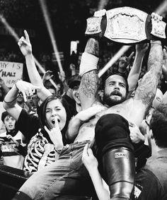 #WWE #ROH #UFC #MMA #CM #Punk #CM_Punk Wrestling Superstars, Wrestling Wwe, Cm Punk Return, Cm Punk Aj Lee, Wwe Pictures, Wwe World, Randy Orton, Total Divas, Professional Wrestling