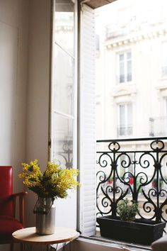 A Parisian apartment full of light and pattern - click through for more pictures!