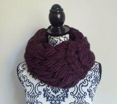 Sciarpa infinity arm knitting - col. bordeaux di Armonieinlilla su Etsy