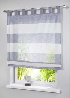 Jetzt anschauen: Raffrollo in halbtransparenter Optik. Mit eingewebten Blockstreifen in drei maritimen Farben. Das Raffrollo ist ein besonderer Blickfang an Ihrem Fenster und verschafft jedem Raum ein modernes Ambiente.