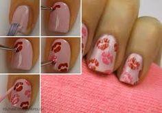 how to do kiss nails Kiss Nails, Get Nails, Love Nails, Pretty Nails, Hair And Nails, Valentine Nail Art, Holiday Nail Art, Finger, Diy Nail Designs