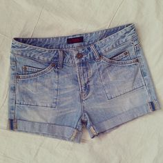 Check out this item in my Etsy shop https://www.etsy.com/listing/232309981/vintage-jean-shorts-vintage-cut-off-jean