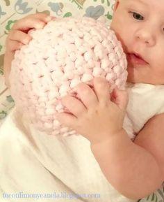 Pelota sonajero en trapillo para bebé | Manualidades