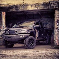 #nissan #titan #lifted #trucks