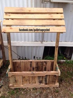 Wishing Well Designed To Cover Ejectorgrinder Pump Made From Pallets Pallet Projects