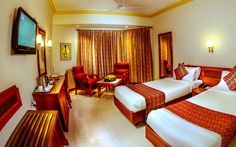 Hotels in Guruvayoor are quite reasonable and if you make your pre bookings, you might be too lucky to get a 90% discount on your stay. They even offer great deals for your travel so it's advisable to book your hotel in advance through your laptop or smartphones.