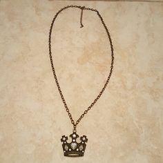 Necklace Crown Antique Finish Gold Fun Necklace Gold color with Crown//24 inch chain// Excellent Condition Jewelry Necklaces
