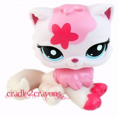 Littlest Pet Shop ♥ LPS ♥   PINK & WHITE PERSIAN CAT #2532 NEW         i want a persian sooo bad i have 2 but i want that one